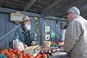 Farmers' & Traders' Market ~ Trish Fry