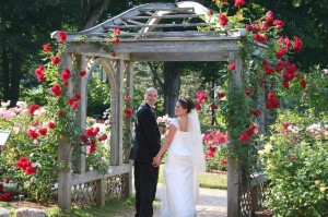 Annapolis Royal Celebrates Brides and Roses